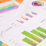 ビジネス文書 資料 紙 マーケティング 棒グラフ 円グラフ 折れ線グラフ