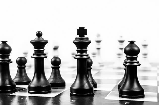 キャリア別の役割をイメージした、チェスの写真