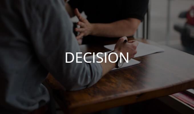 決断を促すコンサルタント